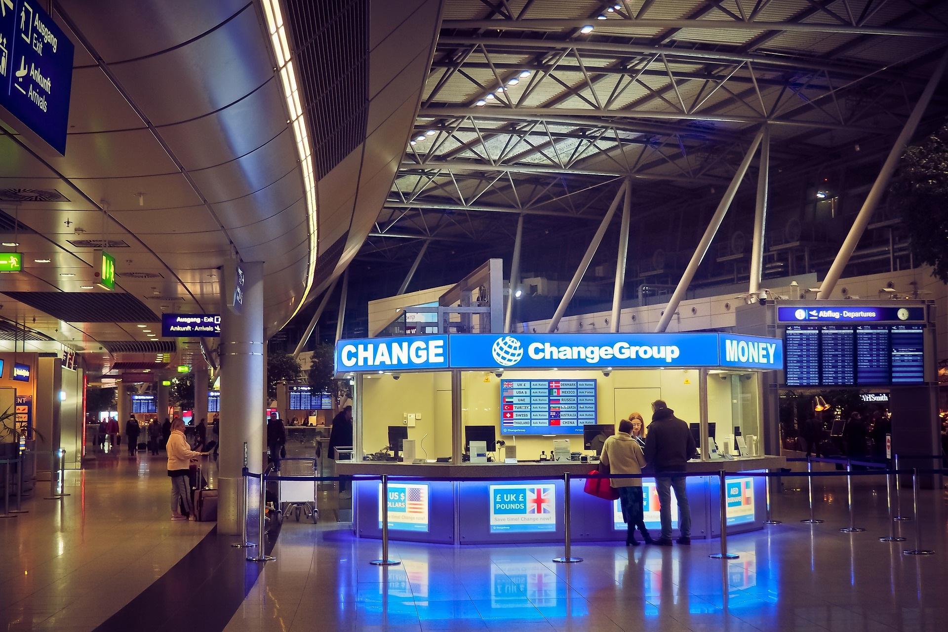 המרת כסף בשדה התעופה